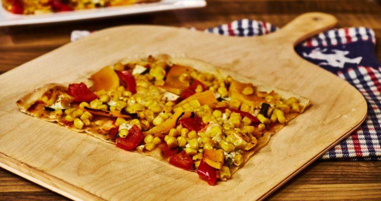 Dinkel-Flammkuchen mit Kürbis und Mais